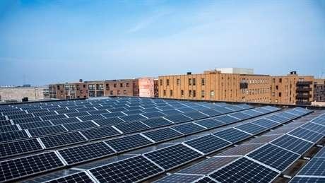 Subsidie dakeigenaren voor collectieve zonprojecten